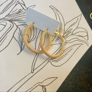 THICK GOLD TEXTURED HOOP EARRINGS